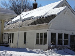 PROBLEMS WITH ICE DAMS…DAM ICE